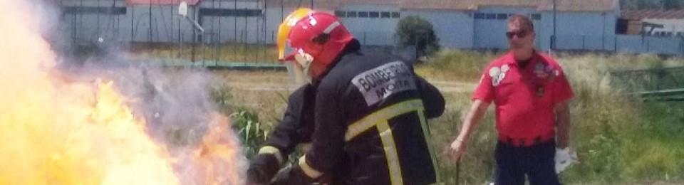 12º CT – exercícios de simulação de combate aos incêndios com os Bombeiros Voluntários da Moita.